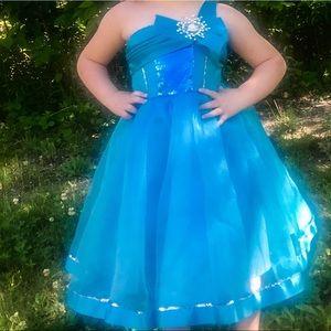 Adorable formal girls dress
